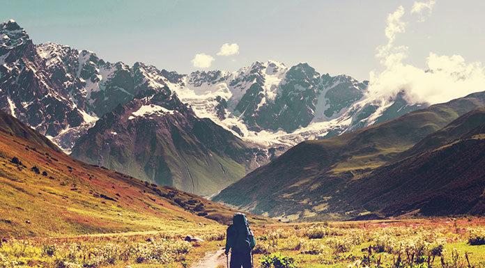 Co zabrać do namiotu na letni, górski wypad?