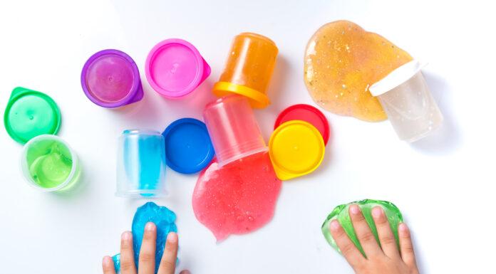 zabawki gniotki dziecięce - czy warto kupić?